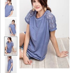 Flower lace sleeve T-shirt